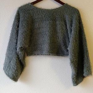 Love J. Cropped Gray Eyelash Sweater L